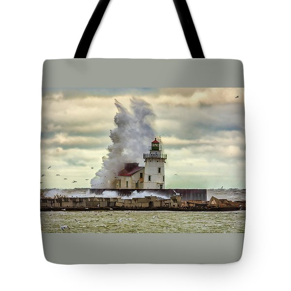 Storm Waves At The Cleveland Lighthouse Tote Bag