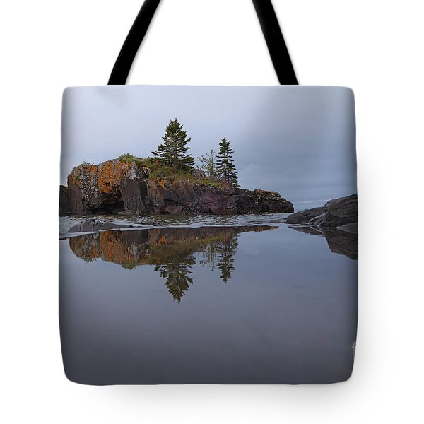 Tote Bag featuring the photograph Storms Coming At Hollow Rock by Sandra Updyke