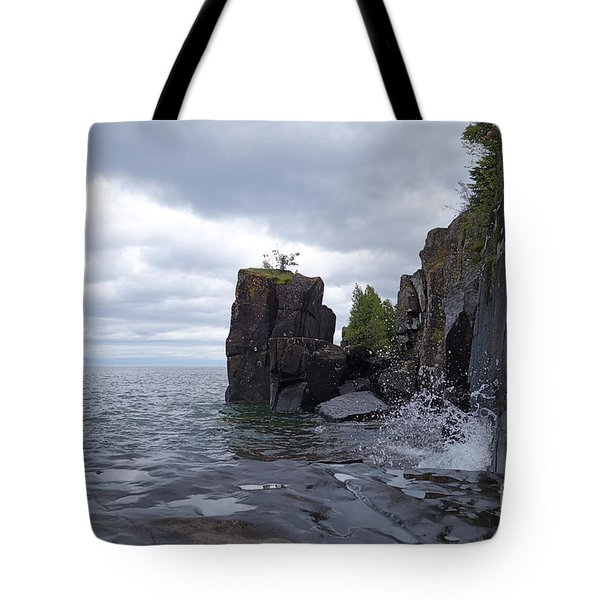 Tote Bag featuring the photograph Stormy June Day On Lake Superior by Sandra Updyke