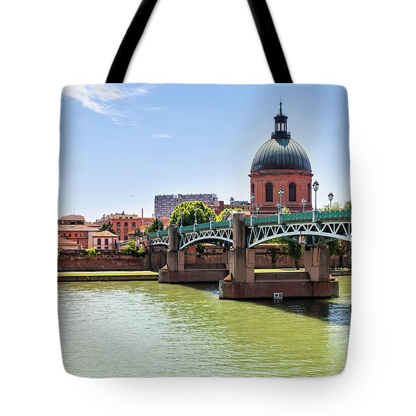 Tote Bag featuring the photograph St.pierre Bridge In Toulouse by Elena Elisseeva