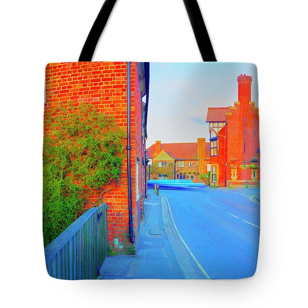 Streaking Beaulieu II Tote Bag