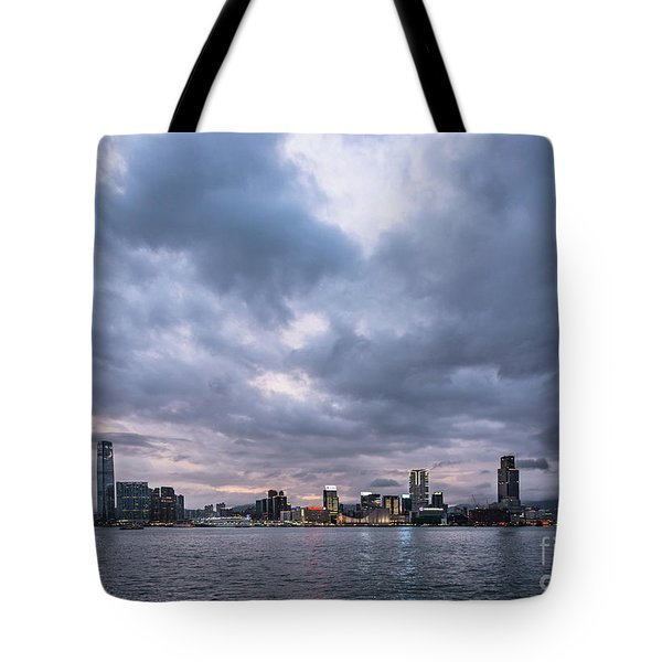 Stunning Sunset Over Kowloon In Hong Kong Tote Bag