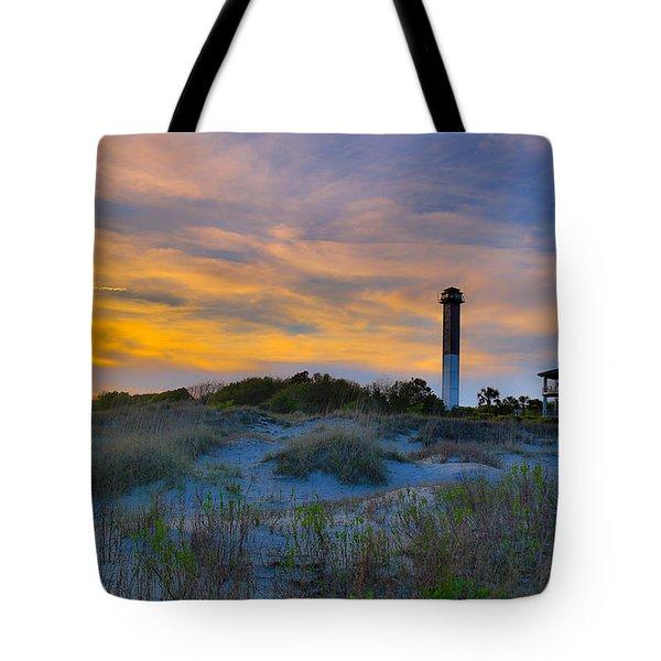 Sullivan's Island Lighthouse At Dusk - Sullivan's Island Sc Tote Bag