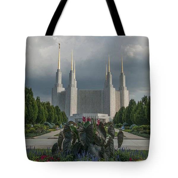 Summer Day At The Lds Tote Bag