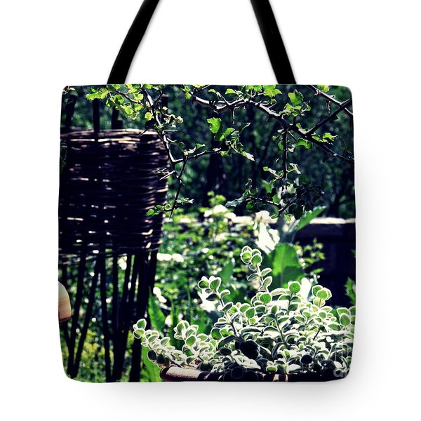 Summer Gardens At The Cloisters 2   Tote Bag