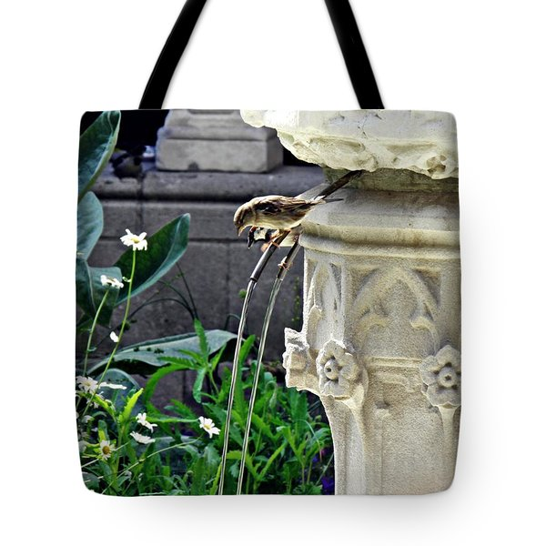 Summer Gardens At The Cloisters 4    Tote Bag