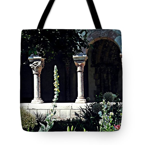 Summer Gardens At The Cloisters 6    Tote Bag