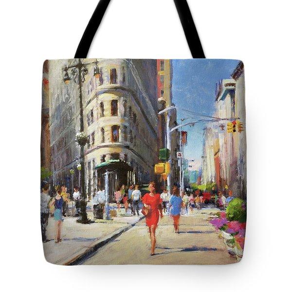 Summer Morning At Flatiron Plaza Tote Bag by Peter Salwen