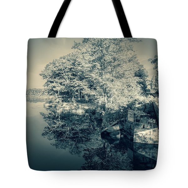Summer Time Blues Tote Bag
