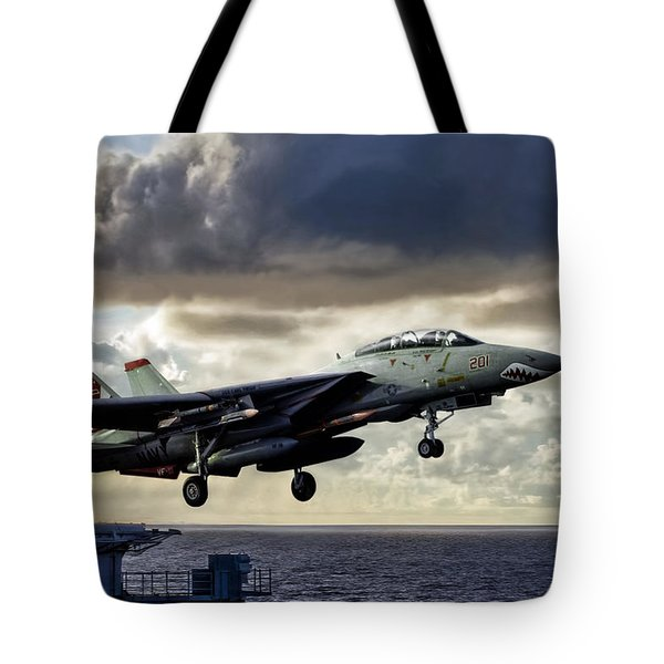 Sundowner Launch Tote Bag