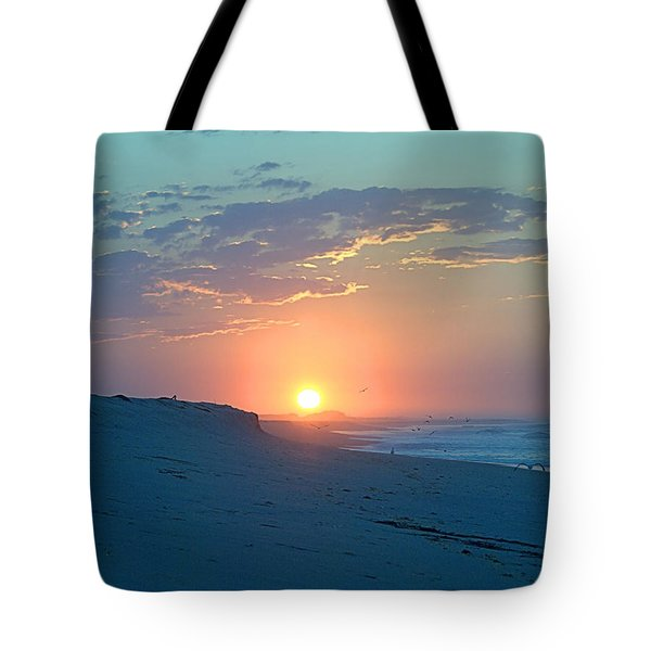Tote Bag featuring the photograph Sun Glare by  Newwwman