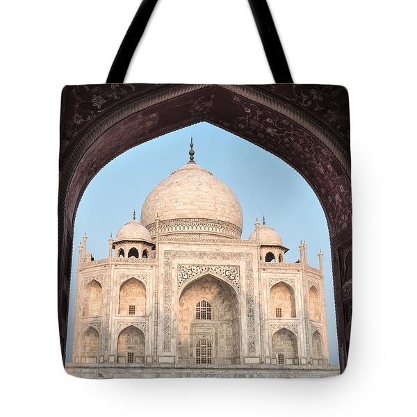 Sunrise Arches Of The Taj Mahal Tote Bag