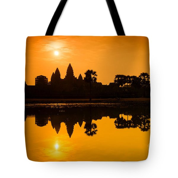 Tote Bag featuring the photograph Sunrise At Angkor Wat by Yew Kwang