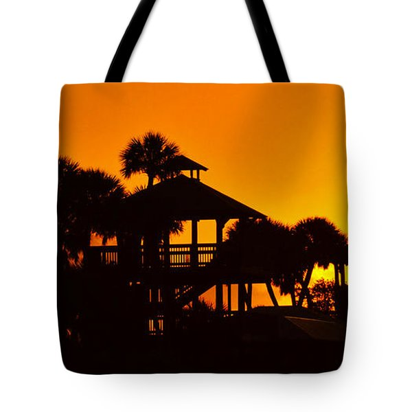 Tote Bag featuring the photograph Sunrise At Barefoot Park by Don Durfee