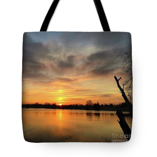 Sunrise At Jacobson Lake Tote Bag
