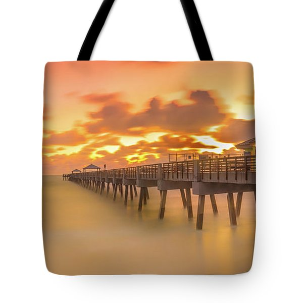 Sunrise At Juno Beach Tote Bag