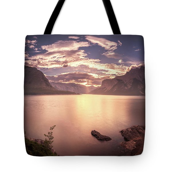 Sunrise At Lake Minnewanka Tote Bag
