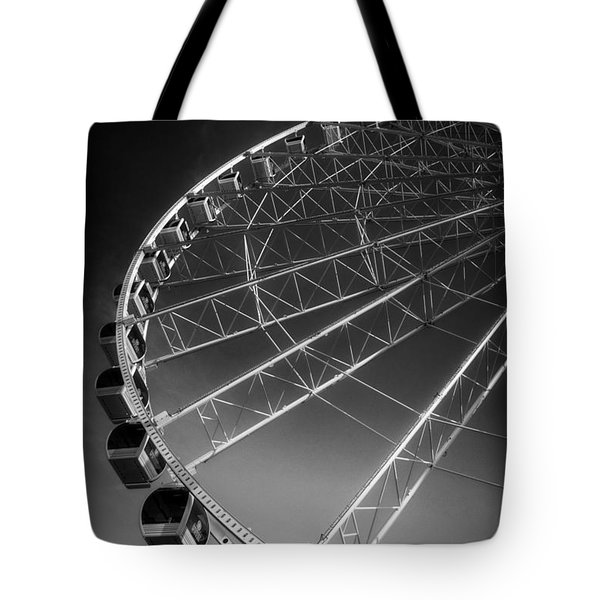 Sunrise At The Wheel In Black And White Tote Bag