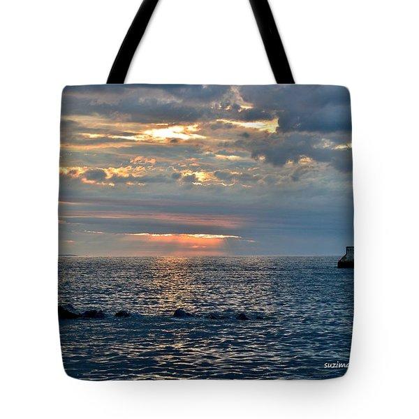Sunrise In Duluth Tote Bag
