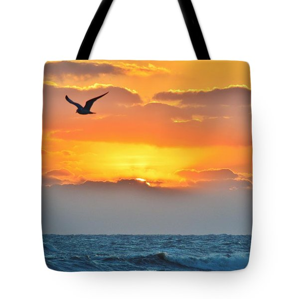 Sunrise In Nags Head Tote Bag
