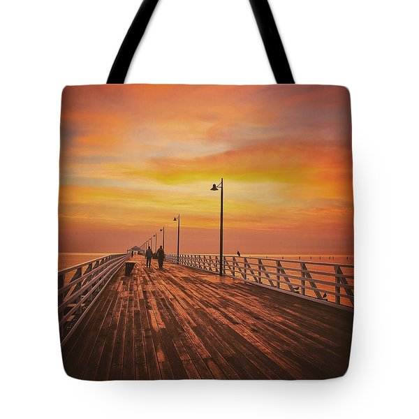 Sunrise Lovers Tote Bag