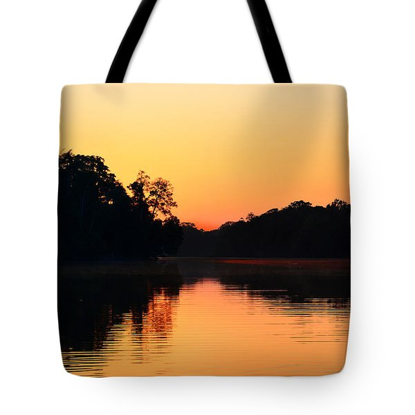 Sunrise On A Lake Tote Bag