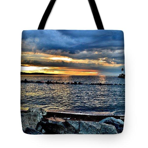 Sunrise On The Rocks Tote Bag