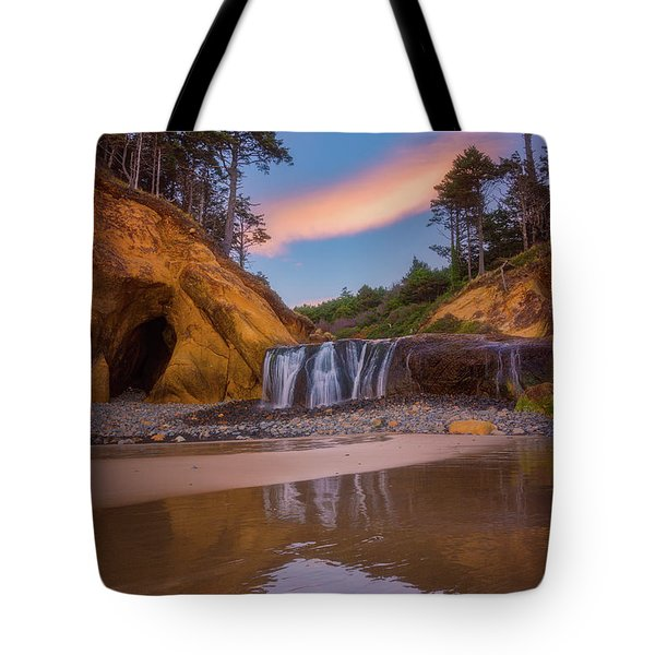 Tote Bag featuring the photograph Sunrise Over Hug Point by Darren White