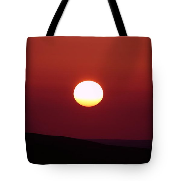 Sunrise Over The Wenas  Tote Bag