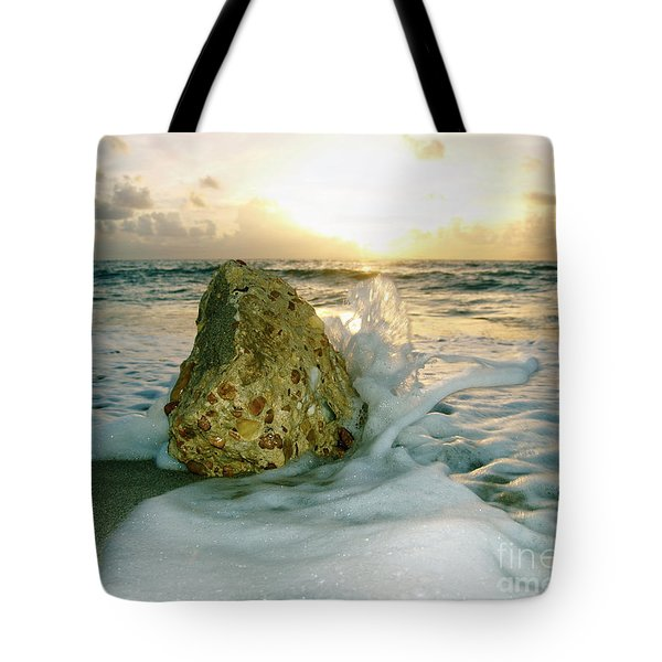 Sunrise Seascape Wisdom Beach Florida C4 Tote Bag