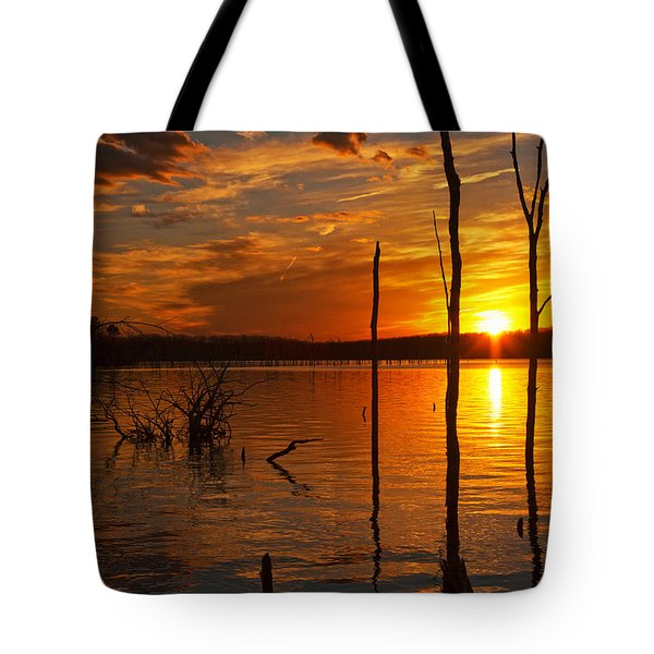 Tote Bag featuring the photograph sunset @ Reservoir by Angel Cher