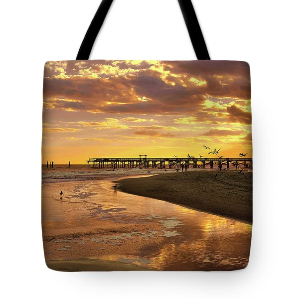 Sunset And Gulls Tote Bag