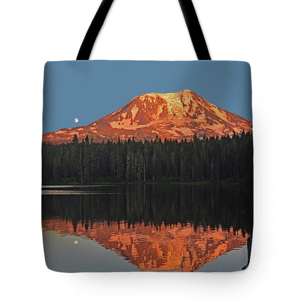 Sunset And Moonrise At Takhlakh Lake Tote Bag