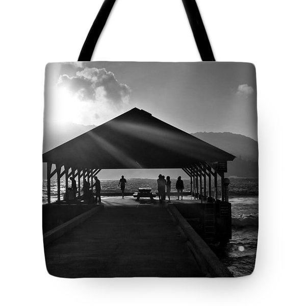 Sunset At Hanalei Pier 2 B/w Tote Bag