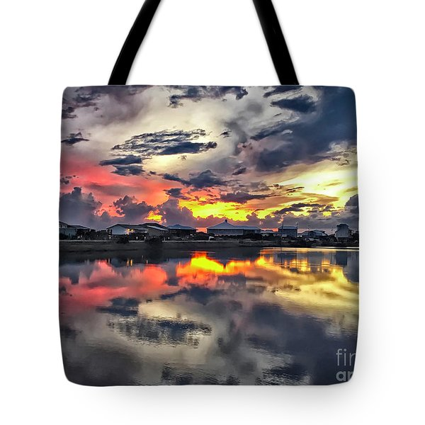 Sunset At Oyster Lake Tote Bag