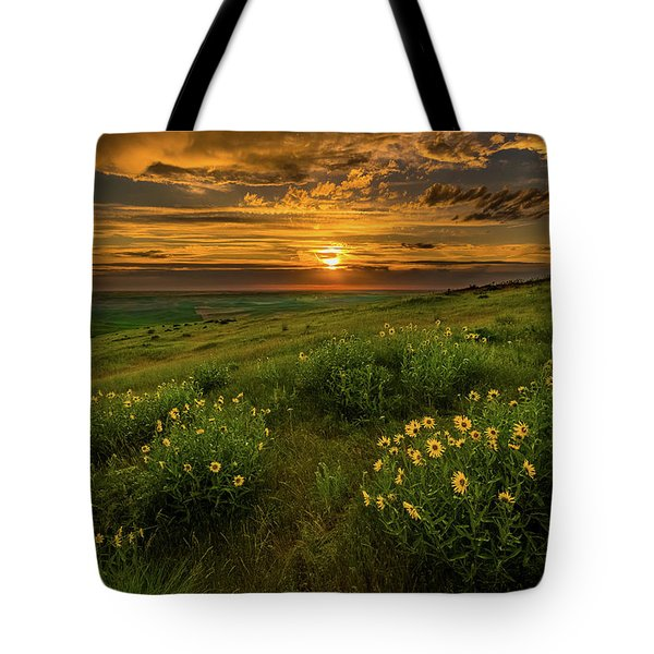Sunset At Steptoe Butte Tote Bag