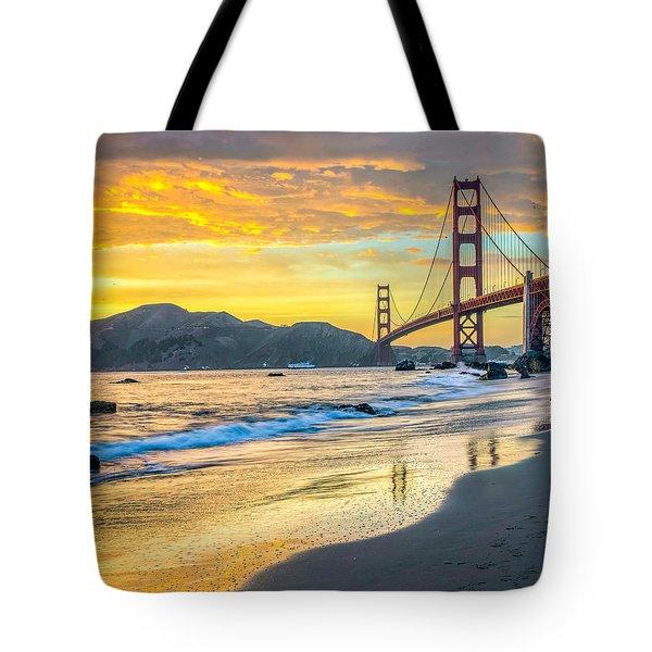 Sunset At The Golden Gate Bridge Tote Bag