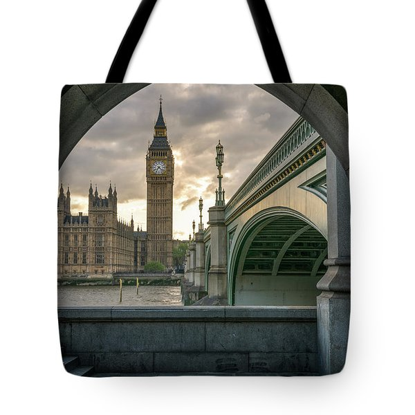 Sunset At Westminster Tote Bag