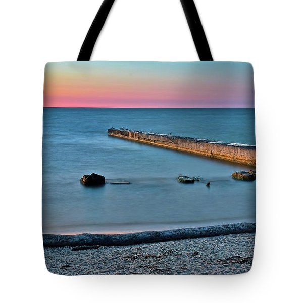 Tote Bag featuring the photograph Sunset Beach On Lake Erie by Frozen in Time Fine Art Photography