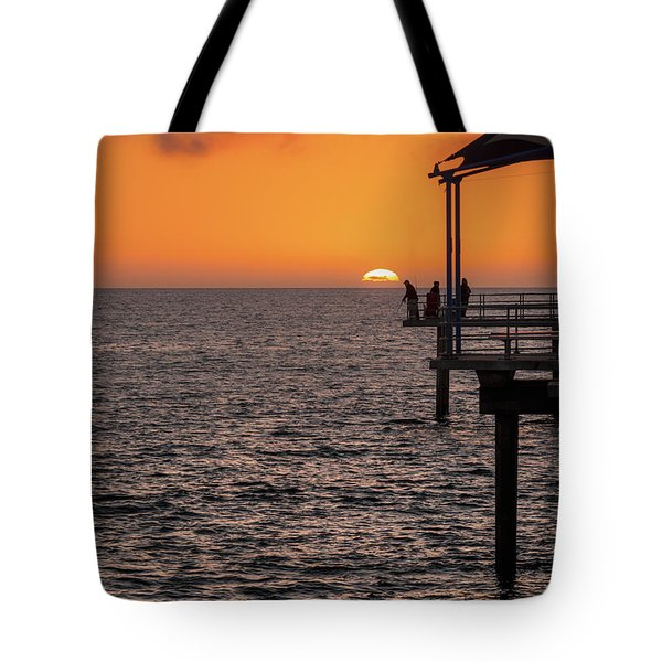 Tote Bag featuring the photograph Sunset Fishing by Ray Warren