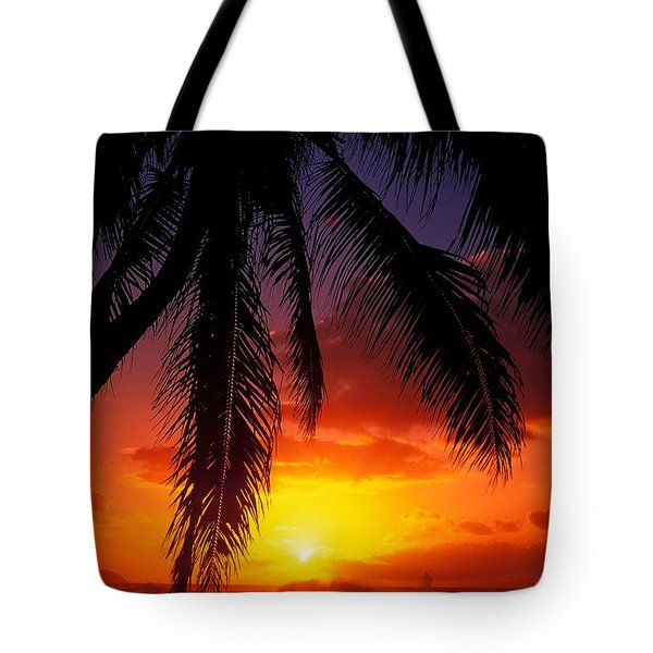 Sunset From The Beach Tote Bag by Vince Cavataio - Printscapes