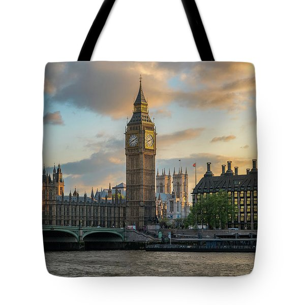Sunset In London Westminster Tote Bag