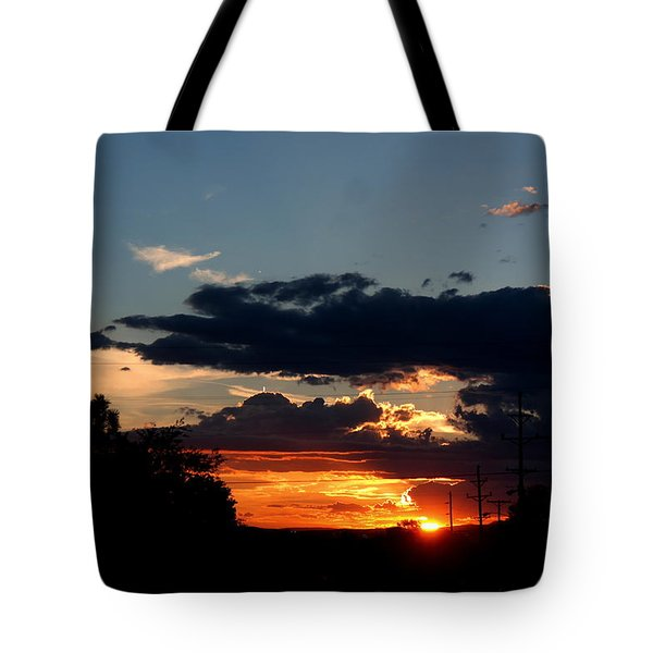 Tote Bag featuring the photograph Sunset In Oil Santa Fe New Mexico by Diana Mary Sharpton