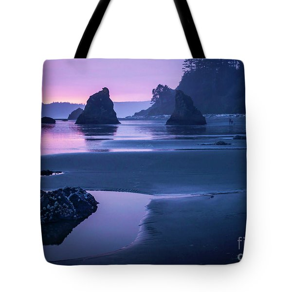 Sunset In Ruby Beach Tote Bag