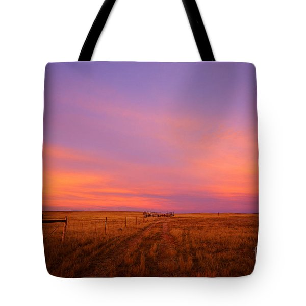 Sunset In Wyoming Tote Bag