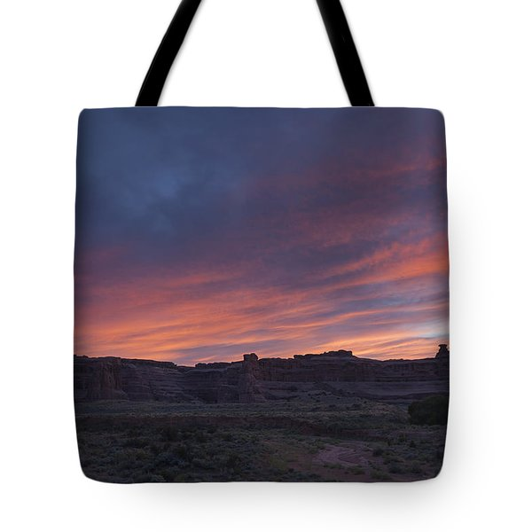 Sunset Near Court House Wash Tote Bag