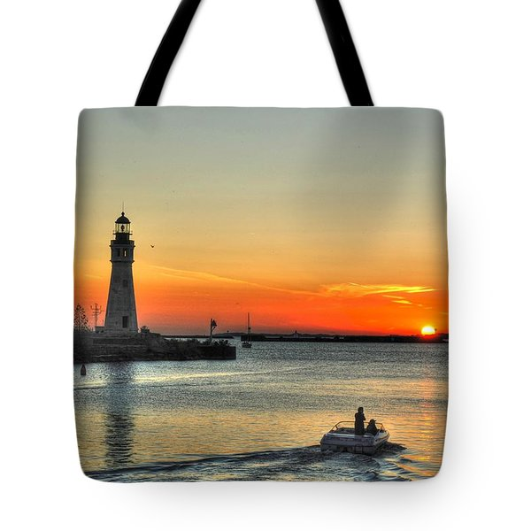 Sunset On Lake Erie Tote Bag
