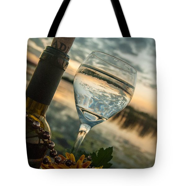 Sunset On The Lake Tote Bag by Pamela Williams