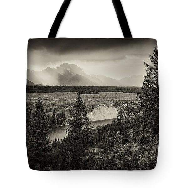 Sunset On The Snake River Tote Bag by Hugh Smith