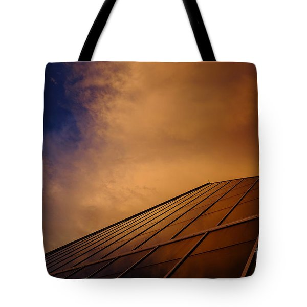 Sunset Over Bass Pro Shop In Memphis Tennessee Tote Bag